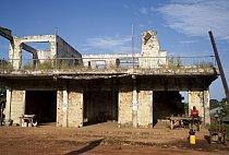 Zničené město Kailahun na východě země.