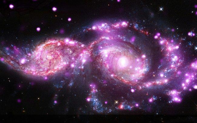 Srážka dvou galaxií v souhvězdí Velkého psa