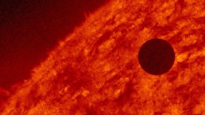VIDEO: Přechod Venuše přes Slunce byl úžasný. Dnes i roku 1882