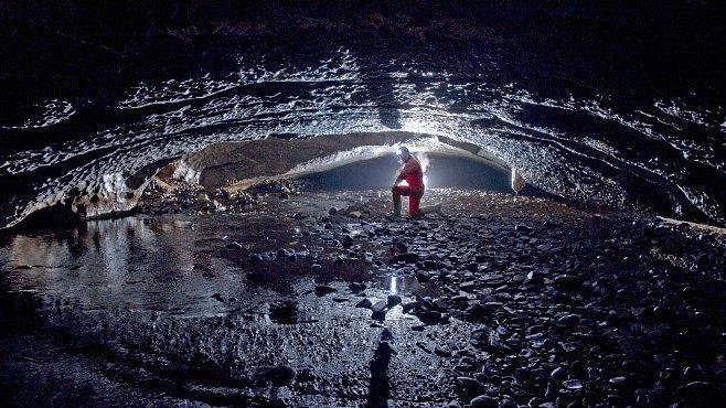 Tajemství českých jeskyní: Tisíce unikátů s krápníkovou výzdobu i netopýry