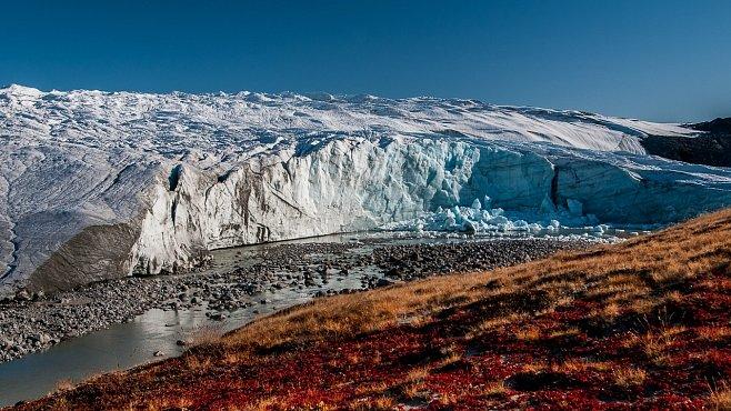 Měnící se tvář Grónska. Klima i turisté přetváří zemi ledu