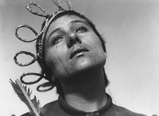 Záběr z francouzského němého filmu La Passion de Jeanne d'Arc z roku 1928
