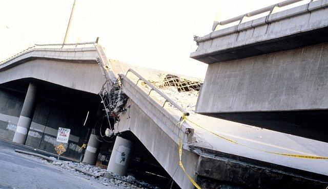 ROZHOVOR: Jak se předpovídají zemětřesení? Zeptali jsme se českého experta