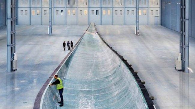 Největší větrná turbína světa je dvakrát větší než obří letadlo