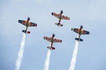 V Hradci Králové se předvede i akrobatická skupina Red Bull Flying Bulls.