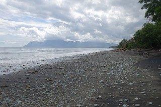Některá místa na Floresu mohou připomínat Indonésii zdoby dávno minulé.