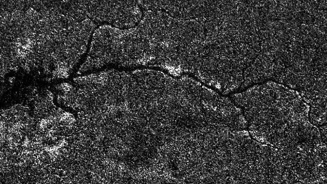 První mimozemskou řeku odhalila sonda Cassini na Saturnově měsíci Titanu
