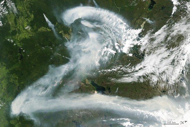 Písmeno Z – Kouř z nekontrolovaného požáru v Kanadě