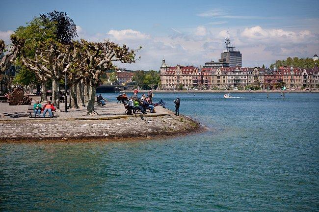 Pohled na město z jezera