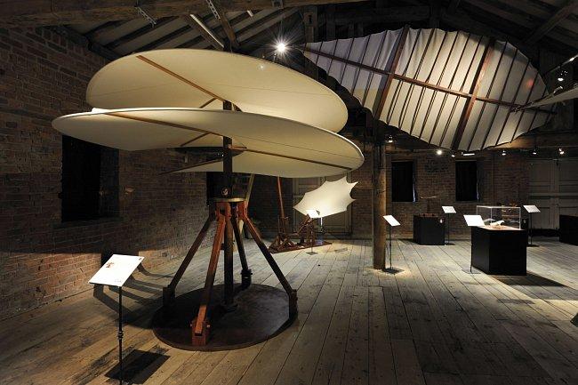 Objevujte geniálního Leonarda da Vinci prostřednictvím interaktivní výstavy