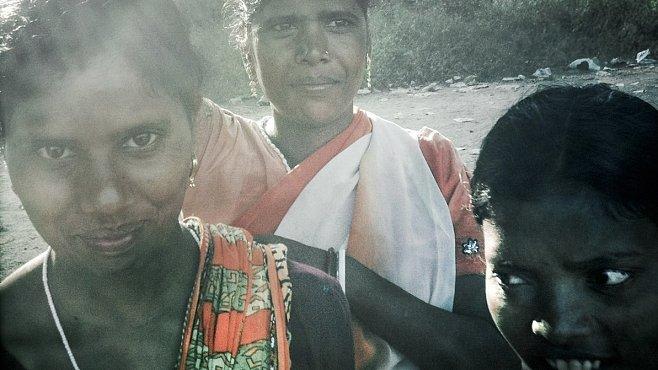 Santhalští domorodci bojují o svoji půdu. S jednou z největších soukromých firem na světě