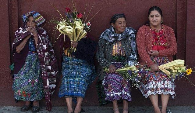 OBRAZEM: Jak slaví Velikonoce v Guatemale, Filipínách nebo Indii?
