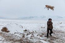 Ve  vysoko položeném, neúrodném údolí, kterému se říká Malý Pamír, závisí přežití lidí na zvířatech.