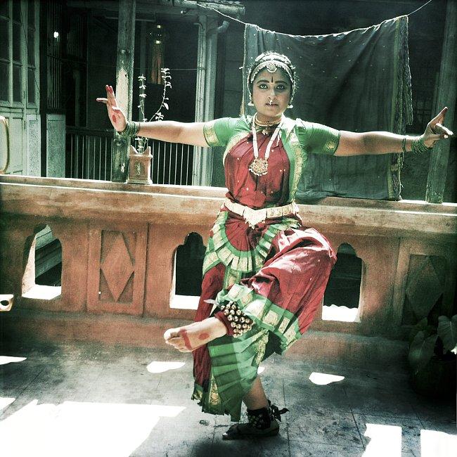 Tradičnímu indickému tanci se Teja věnuje už od sedmi let.