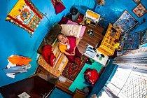 Šest let vznikaly snímky z ložnic lidí z 55 zemí světa. Jedním z nich byl i student budhismu Pema (22) z nepálského Kathmandu.