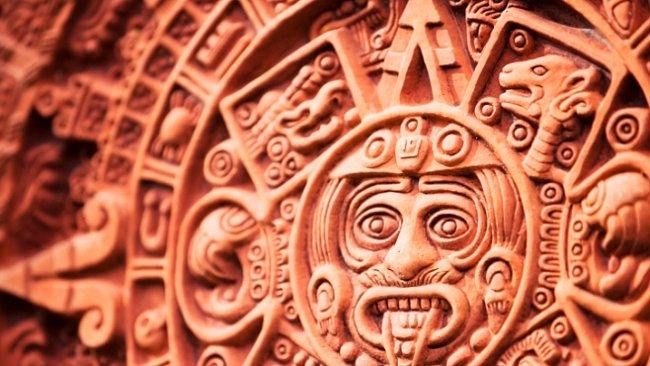 Aztécký versus mayský kalendář. Jak se liší a proč se pletou?