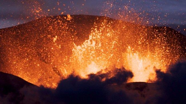 Nejhorší sopečné erupce moderní doby. Ta nejdražší je dílem člověka...