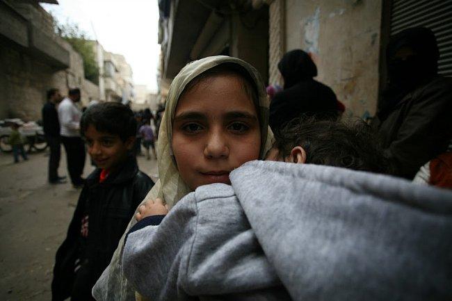 Distribuce základního balíčku s plenkami a vyživou pro malé děti se dostala k 500 dětem a jejich matkám.