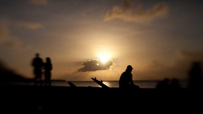 Večírek na Havaji: holywoodské stars a marihuana, co dělá z lidí zombie