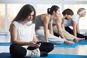 Množství pravidelné fyzické aktivity se snižuje nejen s věkem, ale i se vzděláním a finančním zázemím.