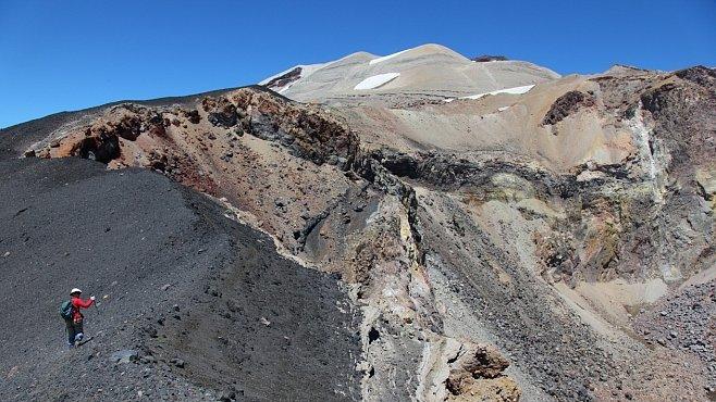 Za vulkány Chile (VIII.): K obrovskému kráteru Quizapú. Vytvořila jej mohutná erupce před 80 lety