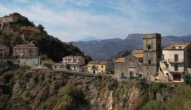 Srdečné pozdravy ze Sicílie zasílá mafie