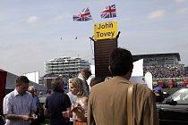 Do Epsomu se vydalo kolem 130 000 návštěvníků.