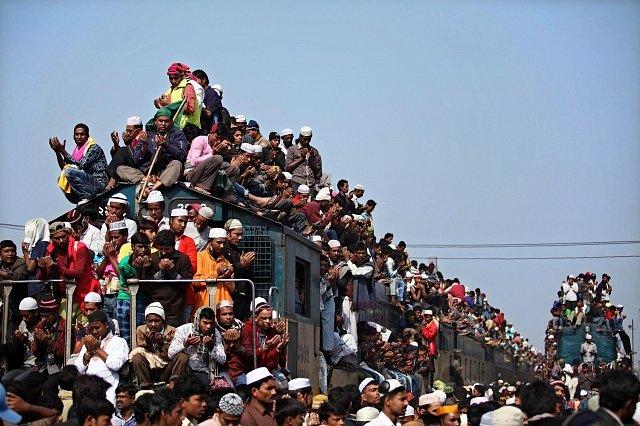 Narvaný vlak v Bangladéši