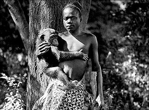 Muž, který prožil život v kleci zoologické zahrady