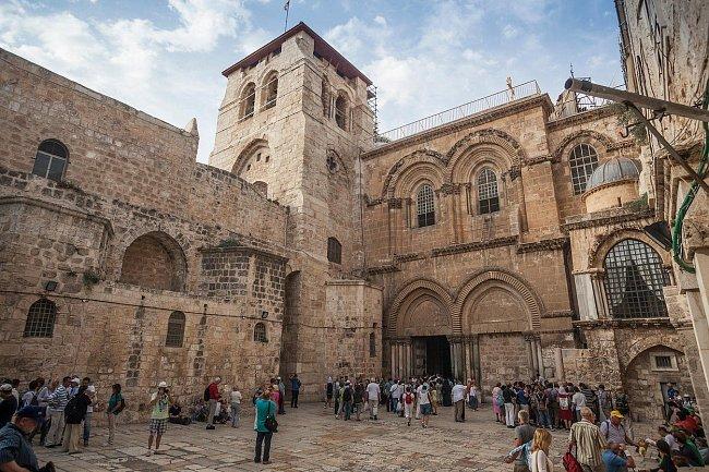 Chrám Božího hrobu dnes představuje pro řadu křesťanských církví hlavní cíl poutníků v Jeruzalémě.