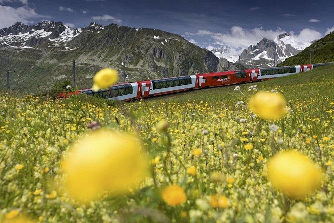 Glacier Express na cestě do Zermattu