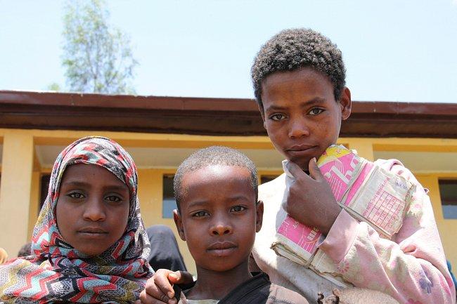 Studenti druhého stupně základní školy Meja.