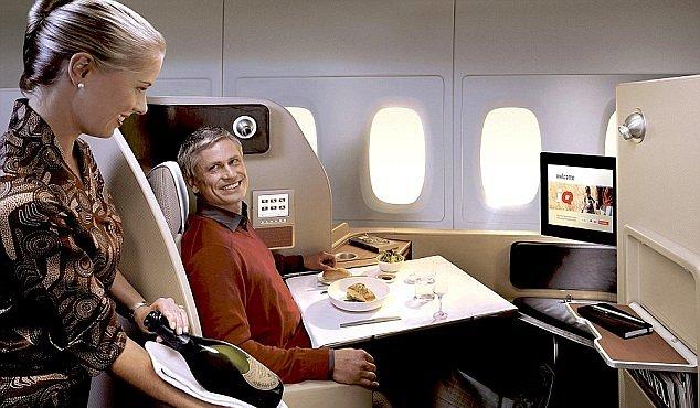 První třída v novém Airbusu: to není sci-fi, ale realita. Pyžama jsou v ceně