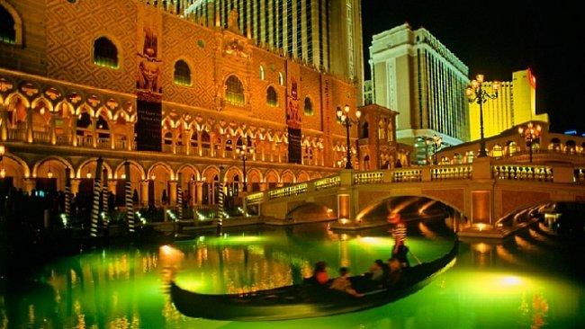 Bláznivé město Las Vegas. Aneb jak se ubavit  k smrti