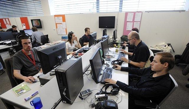 Kanceláře jsou nemocné - a my s nimi, zjistila nová studie