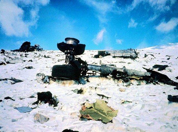 Trosky letadla na svahu Mt. Erebus