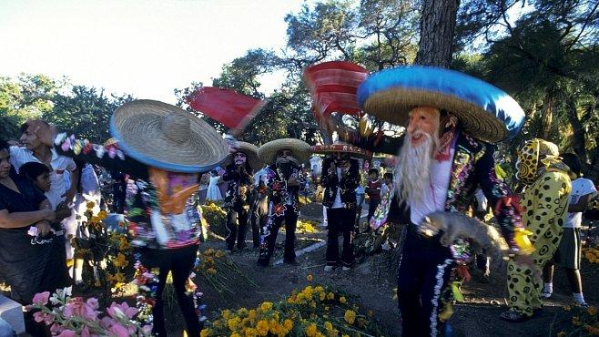 OBRAZEM: V Mexiku umí oslavovat i smrt. Berou ji jako součást života