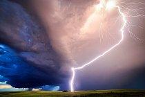 ...blížící se bouře rád fotí nejen v Americe, ale i v Chorvatsku a Itálii...