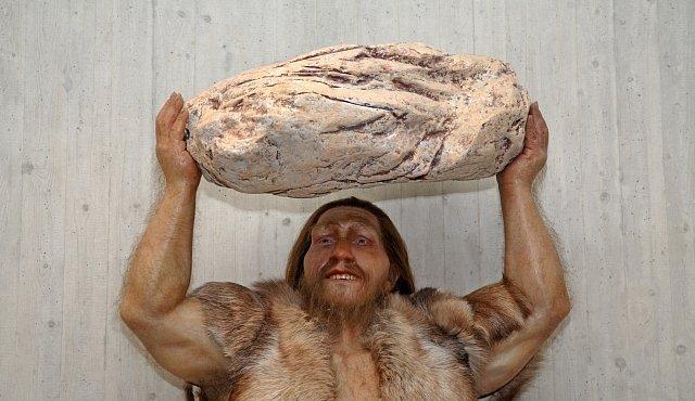 Lidé byli milión let druhem na vymření