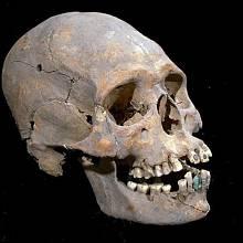 Deformovaná lebka nalezená v Měsíční pyramidě
