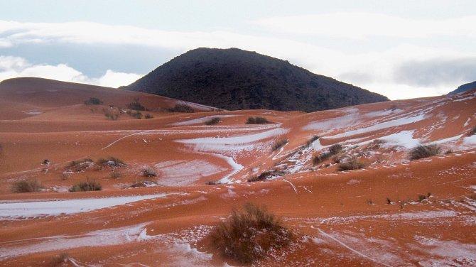 Přestože jsou vpoušti vysoké teploty, vzimním období bývá velmi chladno.