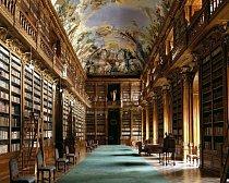 Strahovská knihovna, Praha: Nejstarší částí knihovny je Teologický sál, který vznikl v roce 1671. V roce 1794 k němu přibyl Filosofický sál. Stropy zdobí biblické fresky, díky nimž je knihovna úchvatná. Kvůli riziku poškození vlhkem není přístupná.