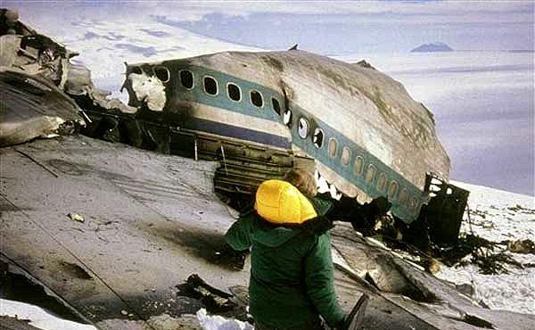 Sopka Mt. Erebus je místo nejtragičtější letecké havárie na Antarktidě. Proč k ní došlo?