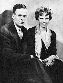 Amelia se nikdy nechtěla vdávat, přesto se 7. února 1931 stala ženou vydavatele George Putnama.