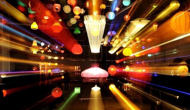 Luminale ve Frankfurtu je oslavou světla a fantazie. Uvidíte svět v jiném světle