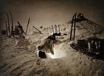 Tunely pod sněhem