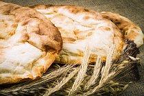 Nejstarší chléb se nejvíce podobá pita placce.