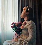 """Předtím než Katie Stubblefieldová podstoupila transplantaci, nechala si zhotovit svůj portrét. Ukazuje její těžce poškozenou tvář, ale fotografka chtěla také zachytit """"její vnitřní krásu a hrdost."""""""