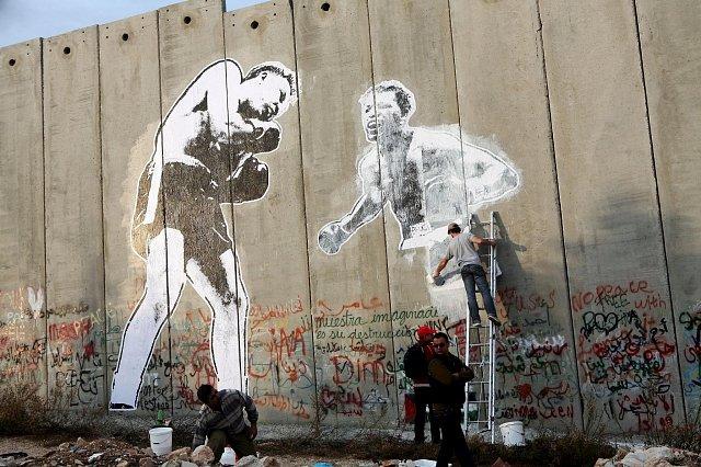 Zdi mezi lidmi