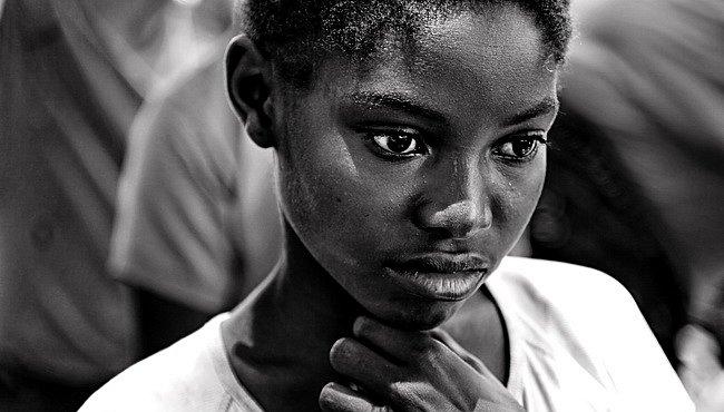 OBRAZEM: Mosambik, děti a ozvěny válečné minulosti